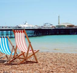 Море, омывающее Англию, очень холодное, поэтому купальный сезон в стране непродолжителен
