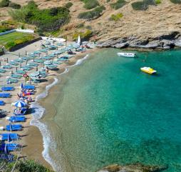 Период времени с мая по август характеризуется наиболее благоприятной погодой для пляжного отдыха