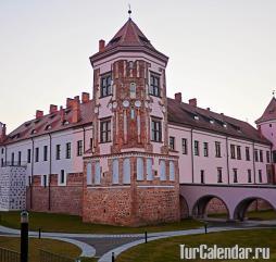 Летом в Белорусси - высокий сезон культурно-познавательного туризма
