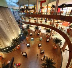 Летние распродажи стартуют в Дубае в июне, а зимние в январе