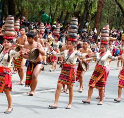 Праздники на Филиппинах отмечаются каждый месяц, причём в каждом городе и деревушке они могут проходить по-своему