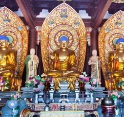 Хайнань - место проведения многочисленных международных праздников, собирающих не только местных жителей, но и десятки тысяч туристов