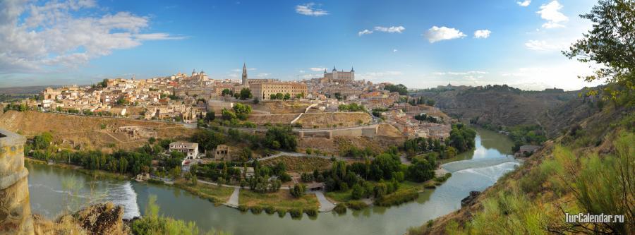 Туристический сезон в Испании