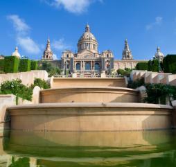Если не знаете чем заняться осенью или весной езжайте в Испанию - здесь есть чему удивиться!