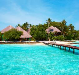 Весна на Мальдивах - своего рода межсезонье, в начале сезона погодные условия благоприятнее всего