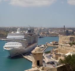 Круизный сезон на Мальте длится около 7 месяцев