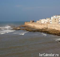 Зимой в Марокко влажно и холодно, но в определенные периоды температура может поднимать до +20..+30 градусов!