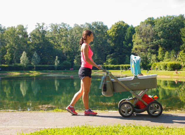 Сокольники отлично подходят для прогулок вдвоем или семьей
