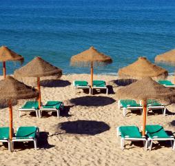Барахтный сезон в Португалии лучше всего встречать на острове Мадейра