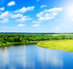 На большей территории России весна - довольно прохладная пора, за исключением южных областей, где стоят довольно высокие температуры и ярко светит солнце