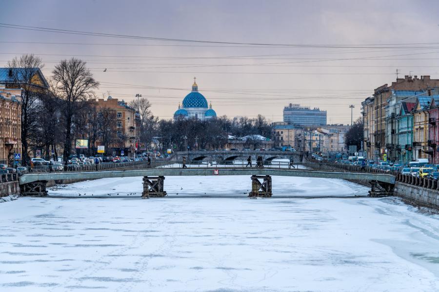 какая сейчас погода в санкт-петербурге как одеваться