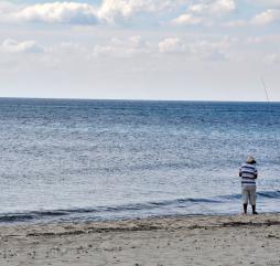 Сезон рыбалки в Тунисе длится все 365 дней в году, но зимой из-за ветров это занятие может быть несколько осложнено