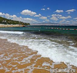 Пляжный сезон в Турции длится целых полгода, но многим россиянам удается продлить и этот срок